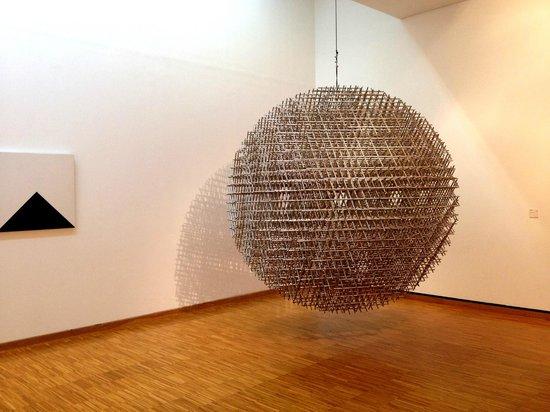 Musee de Grenoble: -