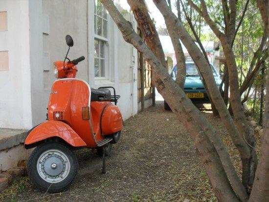 Karoux Restaurant: Ryans scooter