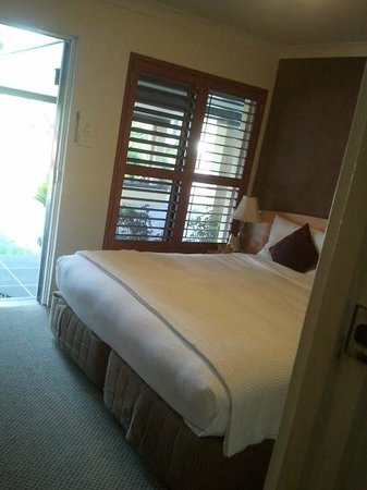 Comfort Inn Country Plaza Taree: Bed