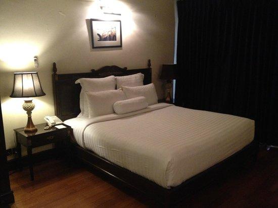 Heritage Luxury Suites: Bedroom.