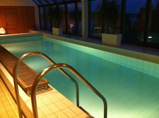 Radisson Blu Hotel, Espoo: бассейн