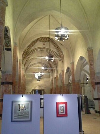 San Francesco Church : navata centrale