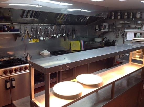 Mariners Bar & Restaurant: Our new kitchen. We are proud to have been awarded 5 stars. The highest level for food safety an