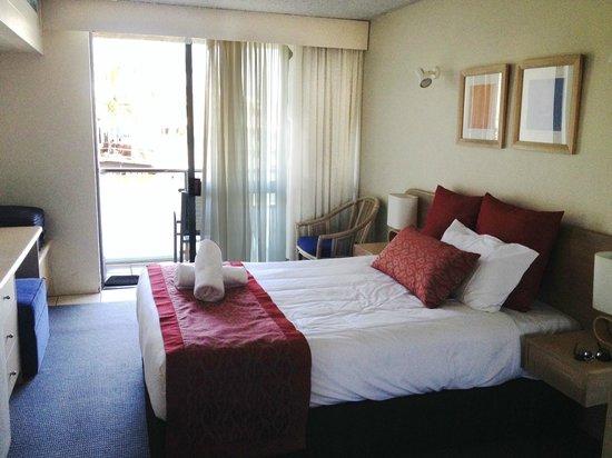 Hotel Laguna: Riverview room