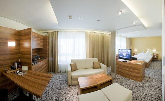 Hotel Sud : Businesszimmer