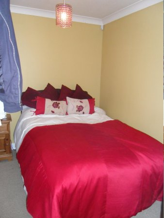 The Three Tuns: Bedroom