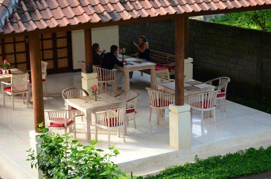 AmrtaSiddhi Ayurvedic Health Centre: Dining Area