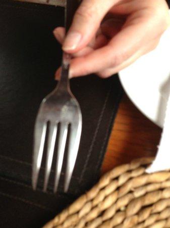 White Nancy Cruising Restaurant Boat: Dirty cutlery