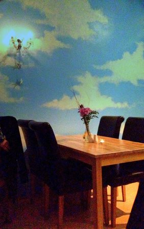 The Sky Apple: Your table is ready