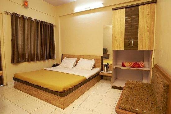 Sai Deep Vilas: Non AC Double Bed