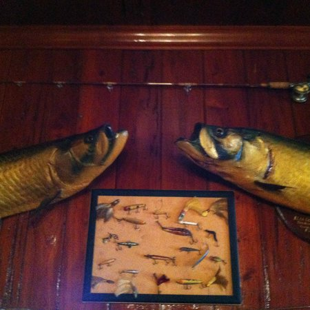 Rod and Gun Club : massive trophy tarpon on the walls