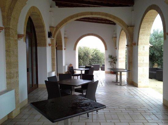 Masseria Ruri Pulcra Hotel & Resort : outside dining