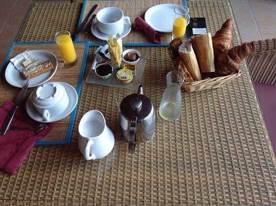 Hotel La Garenne: petit dejeuner