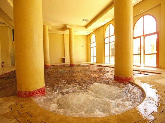 فندق وسبا بالم بلازا مراكش: Piscine chauffée