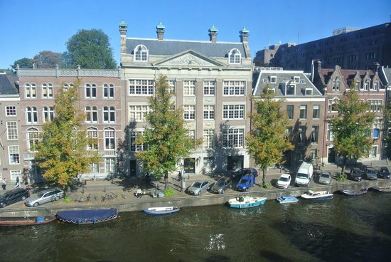 Hotel Keizershof: View from Mae West room