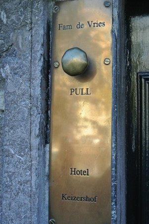 Hotel Keizershof: Front Door