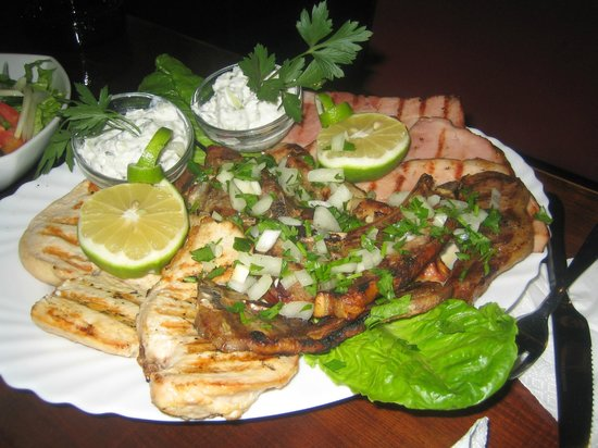 carina sports bar rest.: Meat platter for two-really good! Recommend to try it!