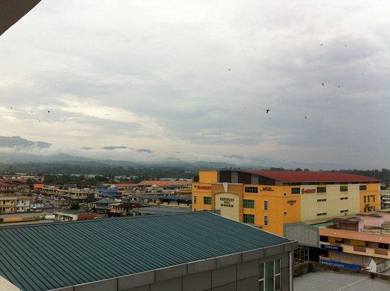 Hotel Juta Keningau: A window view overlooking the town