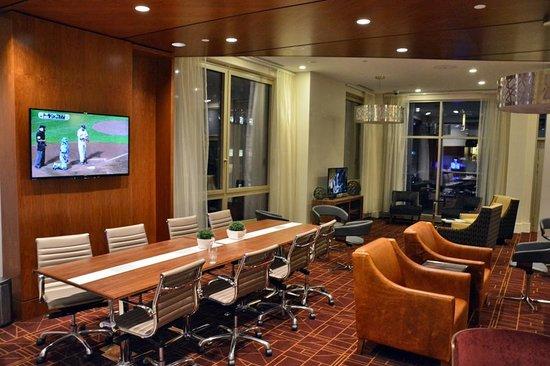 Hotel Boutique At Grand Central : Aufenthalts- und Frühstücksraum im 27. Stock