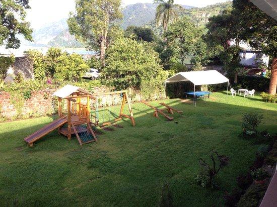 Jardines del Lago: Playground