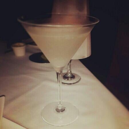 Restaurante Tamarindos: Martini de lychee, no dejen de probarlo!