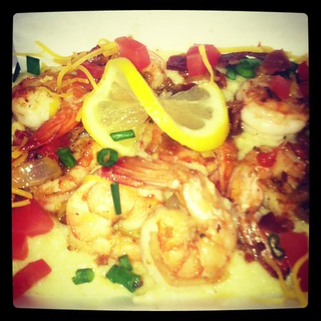 Gourmet by the Bay: Shrimp and Grits