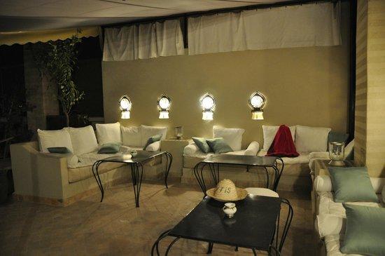 RIAD ELYTIS : Terrace at night
