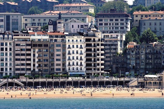 Hotel Niza: fachada
