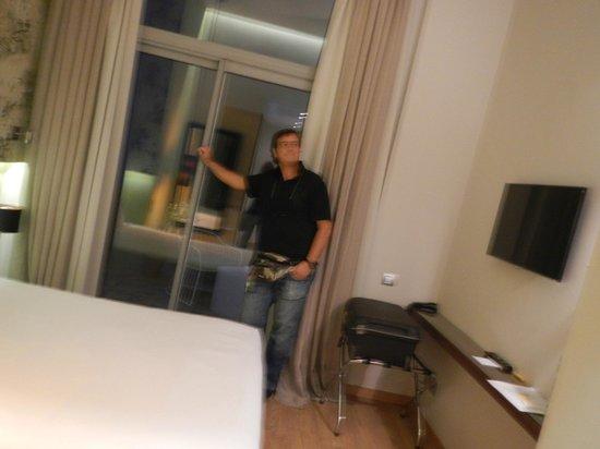 Vasanta Hotel Boutique: Camera 6 con ingresso terrazza