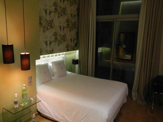 Vasanta Hotel Boutique: Camera 6 area letto