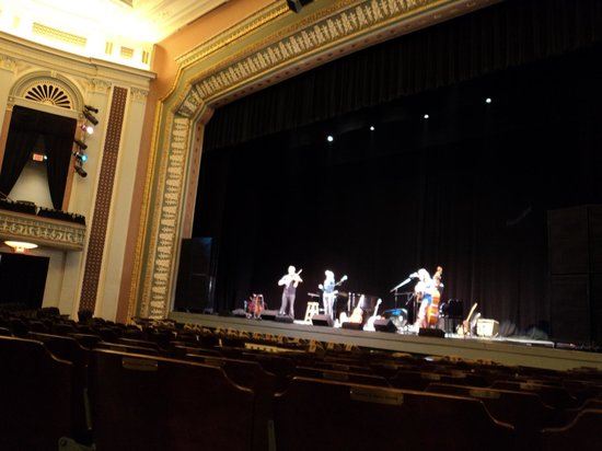 Lucas Theatre For the Arts : Sound check for The Wailin' Jennys -- 2011