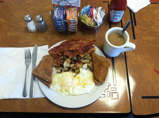 Country Cottage Diner: Bacon and Eggs w/ home fries, toast and coffee