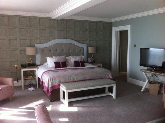 The Grand Brighton : chambre unique deluxe sea view room