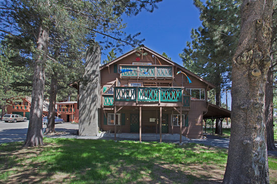 Photo of Edelweiss Lodge Mammoth Lakes
