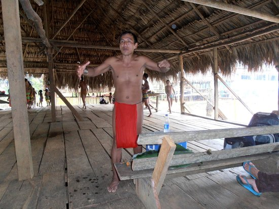 Embera Tours Panama : Johnsson l'historien embera drua