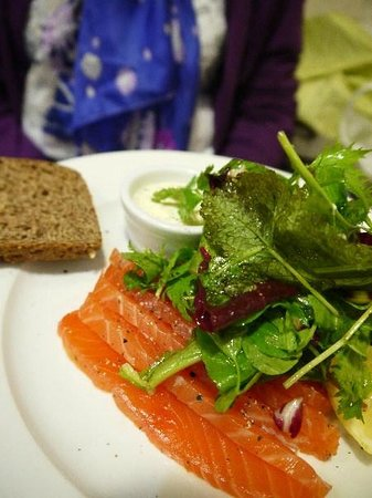The Green Cafe: Salmon Gravadlax