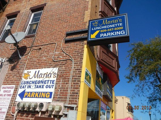 Maria's Luncheonette: exterior view