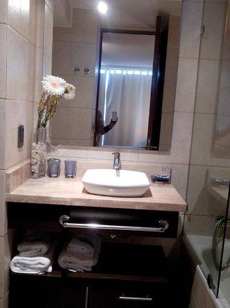 Apartamentos Capital: Baño