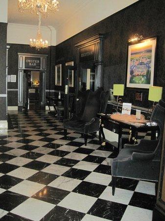 Hotel Meyrick : Acceso a recepción