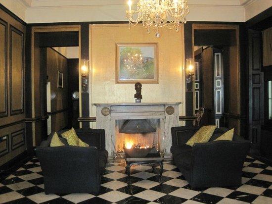 Hotel Meyrick : Salas de uso comun