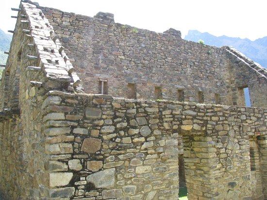 Apus Peru: Constructions
