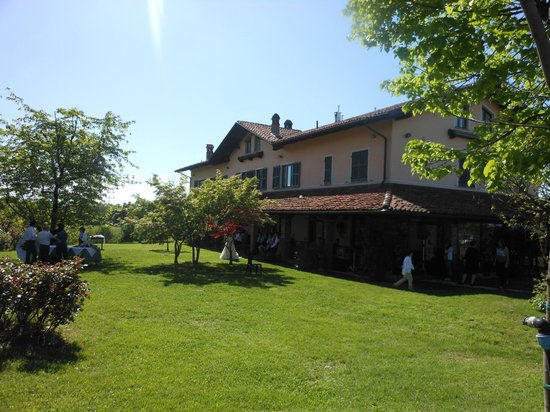 Agriturismo Cascina Papa Mora (Cellarengo - AT)
