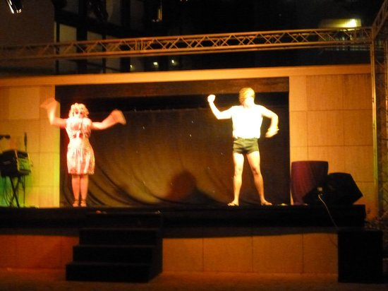 Hotel Marina Panorama : Reps Adam and co during their very entertaining show