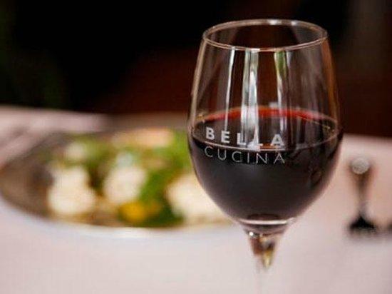 Bella Cucina: wine ks 123