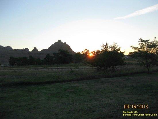Cedar Pass Lodge : Sunrise from Cedar Pass Cabin