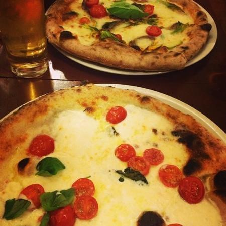 Ristorante Pizzeria i Fratelli: pizza!