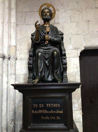 Cathédrale Saint-Pierre de Lisieux : St. Peter