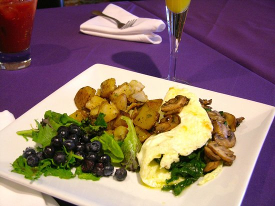 12 Grapes: Sunday Brunch features Frittatas, Fresh Scones, Omelets & more
