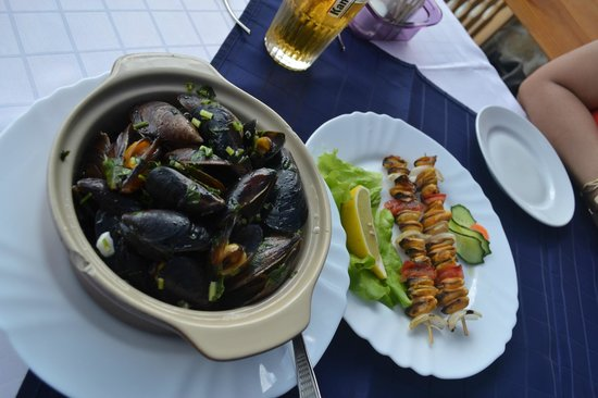 Dalboka Mussels Farm: Two kind of dishes with mussels