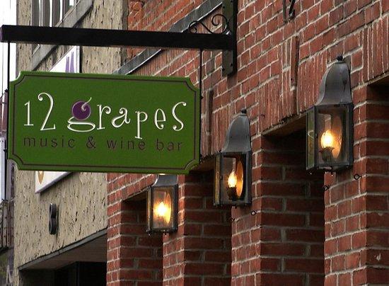 12 Grapes Restaurant